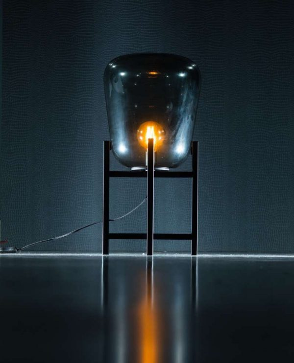 BENN Staande Tafellamp | Rookglas tafellamp