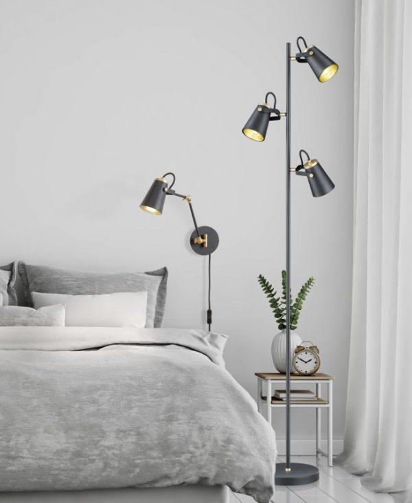 Staande lamp met 3 kappen - slaapkamer